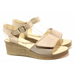 Български дамски сандали за широк крак, анатомично ходило, естествена кожа, катарама и велкро лепенка / Ани 309-18206 бежов / MES.BG