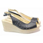 Български дамски сандали на платформа, анатомично ходило, естествена кожа, катарама / Ани 243-96145 син / MES.BG
