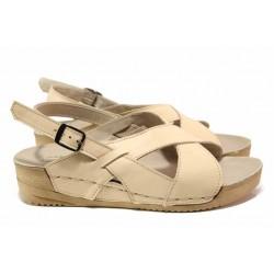 Равни дамски сандали, естествена кожа, велкро лепенки, анатомични / Ани 242-14302 бежов / MES.BG