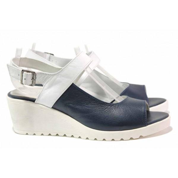 Практични дамски сандали, платформа с удобна височина, катарама, български / Ани IVA 01 син / MES.BG