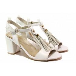 Стилни дамски сандали, естествена кожа, облечен ток, катарама / Ани 62731 бял / MES.BG