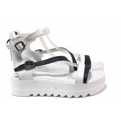 Дамски сандали на платформа, естествена кожа, асиметрични каишки / Ани SKS 04 бял / MES.BG