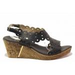 Дамски сандали с интересен дизайн, платформа с анатомична извивка, естествена кожа / Ани 1568 черен / MES.BG
