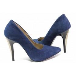 Стилни дамски обувки с ефектен ток, естествен велур, кожена стелка / Ани 1797 син / MES.BG