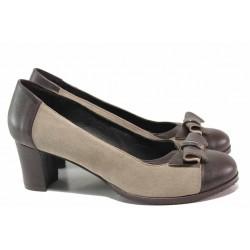 Стилни дамски обувки, среден ток, естествен велур и кожа, анатомични, декоративна панделка / Ани 53544 кафе-таупе / MES.BG