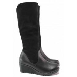 Български дамски ботуши на платформа, топъл хастар, естествена кожа в комбинация с велур / Ани 192-1707 черен велур / MES.BG