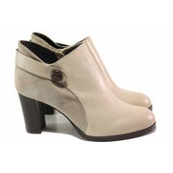 Красиви дамски боти на висок ток, комбинация от естествен велур и кожа, декоративна каишка / Ани 53752 таупе / MES.BG