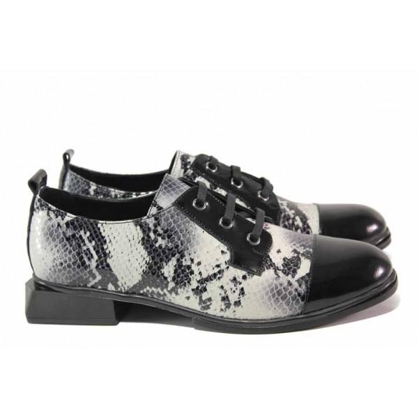Стилни дамски обувки, естествена кожа-лак, квадратен ток, змийски принт, леки / МИ 114-20-47 сив змия / MES.BG