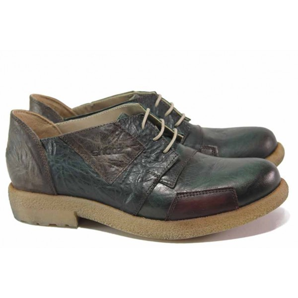 Атрактивни дамски обувки, естествена кожа, анатомични, български, с кръпки / СИ 3820 зелен / MES.BG