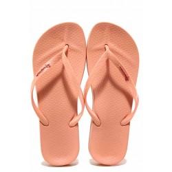 Равни анатомични чехли с лента между пръстите, изцяло от висококачествен PVC материал / Ipanema 82591 розов / MES.BG