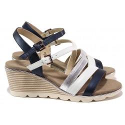 Дамски сандали на платформа, естествена кожа, плавна извивка, ширина G / Caprice 9-28709-24 бял-т.син / MES.BG