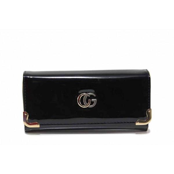 Функционално дамско портмоне с удобно разпределение / Съни 950 черен лак / MES.BG