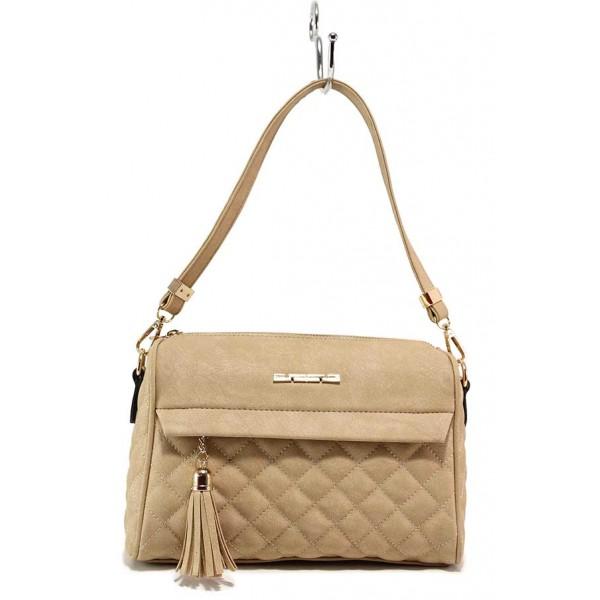 Капитонирана дамска чанта с акцент-пискюл / МИ 450 бежов / MES.BG