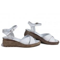 Български сандали на платформа, анатомични, дамски, естествена кожа / НЛМ 240-19422 бял / MES.BG