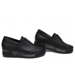 Стилни дамски обувки, естествена кожа, анатомични, Произведено в България / НЛМ 312-8218 черен / MES.BG