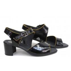Стилни дамски сандали, естествена кожа-лак, български, цветен акцент / НЛМ 347-527 черен-жълт / MES.BG