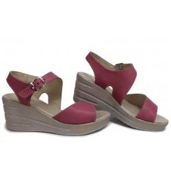 Летни дамски сандали на платформа, естествена кожа, анатомични, български / НЛМ 347-96145 розов / MES.BG