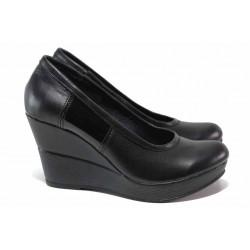 Класически дамски обувки, естествена кожа, анатомични, български / НЛ 299-10383 черна кожа-лак / MES.BG