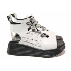 Дамски сандали на платформа, нестандартен модел, естествена кожа / ТЯ 075 бял / MES.BG