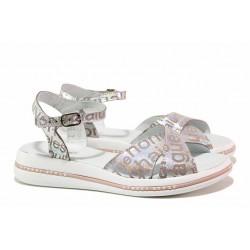 Модерни дамски сандали в свеж летен цвят, естествена кожа, анатомични / НЛ 240-189 сребро букви / MES.BG