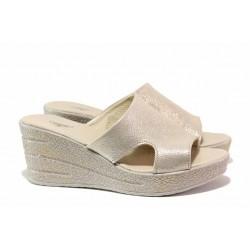 Анатомични дамски чехли в свеж летен цвят, естествена кожа, олекотени / НЛ 349-96145 бежов сатен / MES.BG