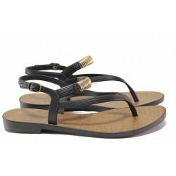 Атрактивни дамски сандали, анатомични, олекотени / Grendha 17625 черен / MES.BG