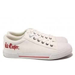 Класически модел юношески кецове, мека стелка, връзки / Lee Cooper 211-12 бял / MES.BG