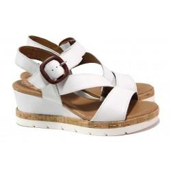 Дамски сандали на платформа, естествена кожа, леки, гъвкави / Jana 8-28310-26H бял / MES.BG