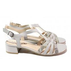 Стилни дамски сандали на среден ток, естествена кожа с елементи от змийски принт / Caprice 9-28201-26 св.сив / MES.BG