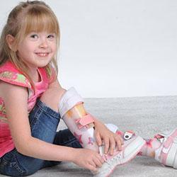 Дали детето ви се нуждае от ортопедични обувки, ако е със здрави крака?