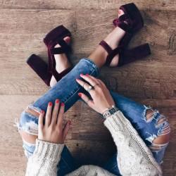 Ето как си избира обувки умната жена днес