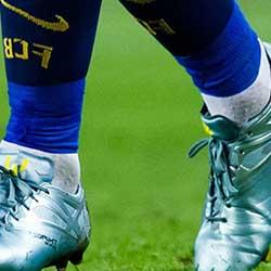 Как да изберете удобни футболни обувки?
