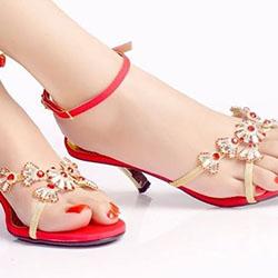 Готини дамски сандали за през лятото
