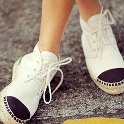 Няколко чифта обувки, които са вредни за краката
