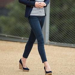 Да надникнем в интересната колекция от дамски обувки на Кейт Мидълтън