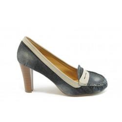 Дамски дънкови обувки на ток КП 0844 черни