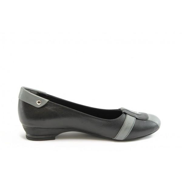 Равни дамски обувки МИ 130