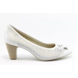 Немски обувки на ток Caprice 22408БЯЛ