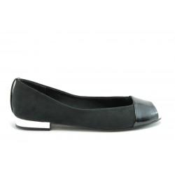 Равни немски обувки Marco Tozzi 29104Черен