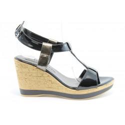 Немски сандали на платформа Tamaris 28085Черен