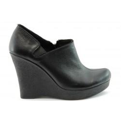 Дамски обувки на висока платформа МИ 131Ч