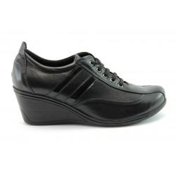 Спортни дамски обувки на платформа МИ21ПЛ