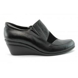Дамски обувки на платформа МИ 88Ч-гигант
