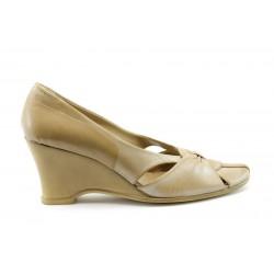Дамски обувки на платформа МИ 255Б