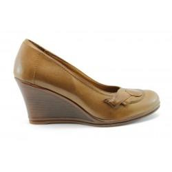 Дамски обувки на платформа НБ 0889-550К