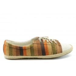 Дамски спортни обувки XS 2704