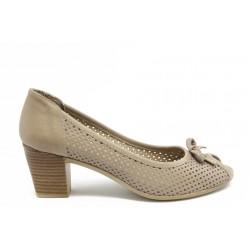 Дамски летни обувки на ток МИ 15 бежово