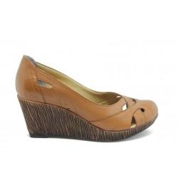 Дамски обувки на платформа естествена кожа МИ 302