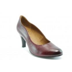Винени обувки