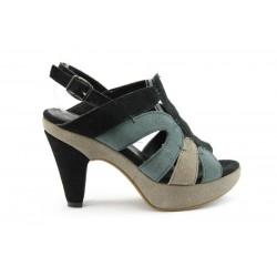 Дамски сандали на ток ГО23Ч